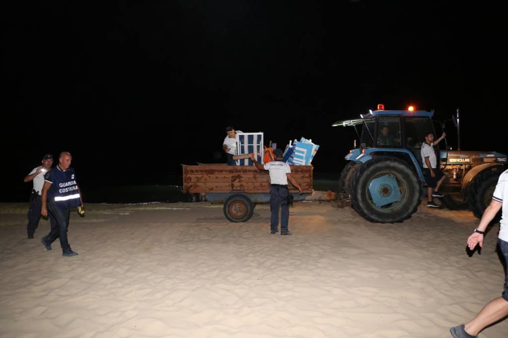 blitz-capitaneria-in-spiaggia-foto-guardia-costiera-155262