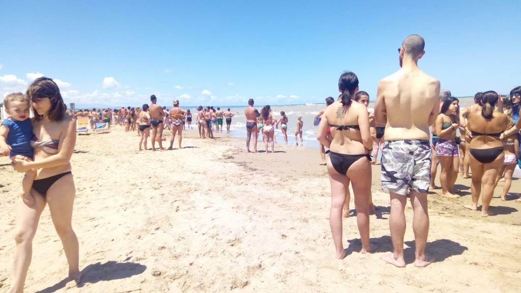 salvataggio in spiaggia