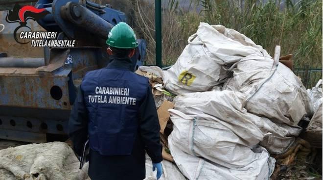 Carabinieri Noe rifiuti