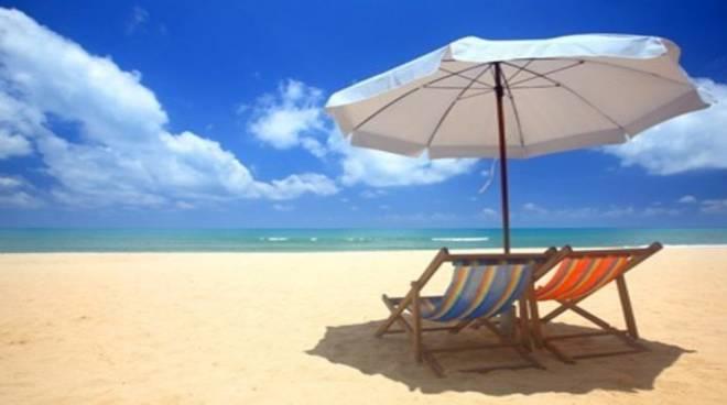 Ombrelloni Per La Spiaggia.Pentito Di Aver Preso Casa Al Mare Ma Chi Compra Casa Non