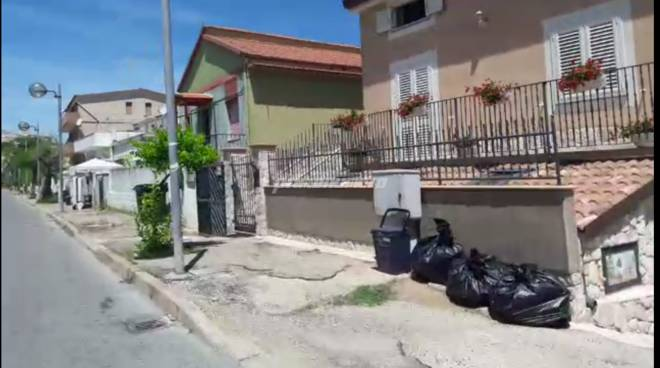 Sacchi neri spazzatura