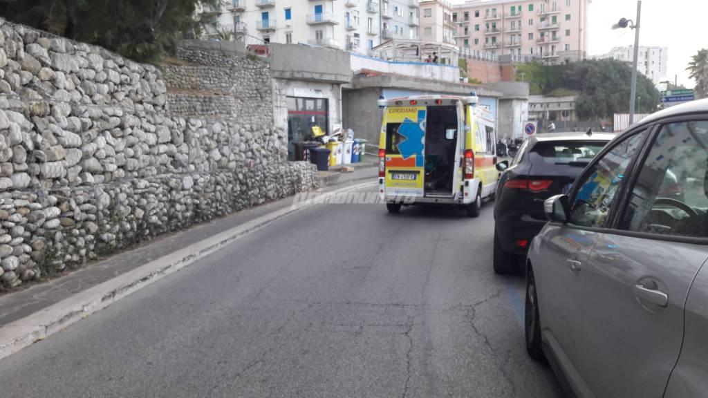Ambulanza per morto in spiaggia