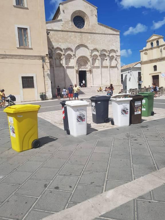 Bidoni Piazza Duomo