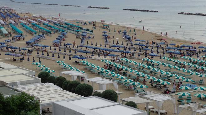 mare-spiaggia-156191
