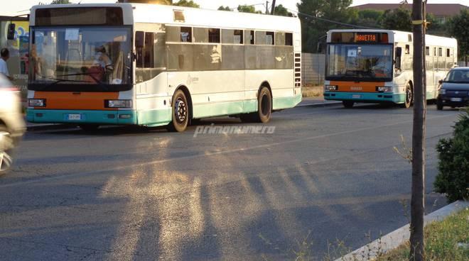 navetta-mare-autobus-urbano-156119