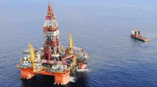 piattaforma-petrolifera-156026