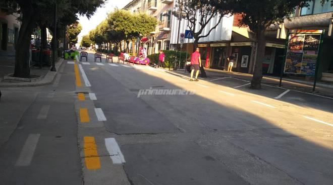 Corso Umberto strisce e parcheggi