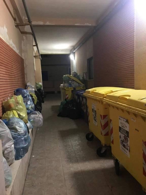 immondizia condominio via mazzini