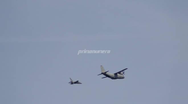 aerei militari sorvolano Termoli