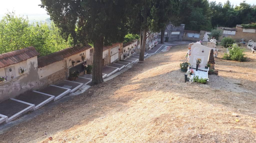 cimitero-larino-pulito-158062