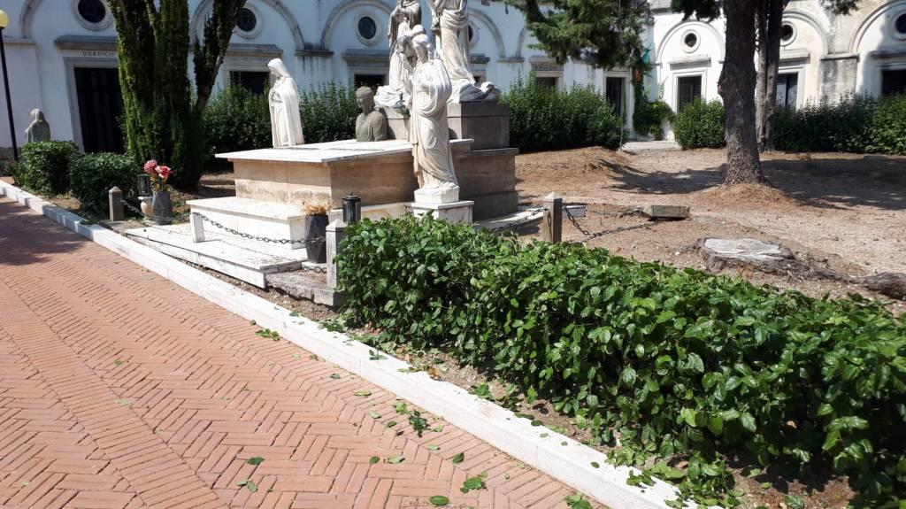 cimitero-larino-pulito-158064