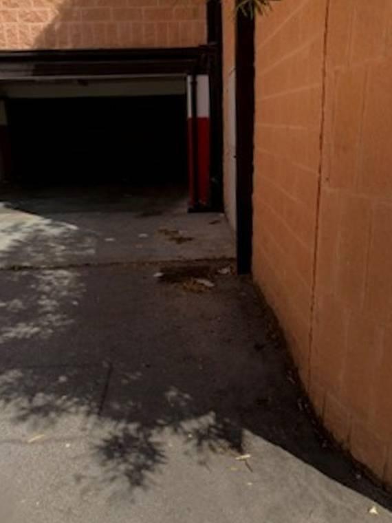 garage-via-asia-degrado-dopo-l-allargamento-158488