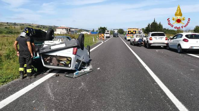 incidente auto ribaltate Bifernina