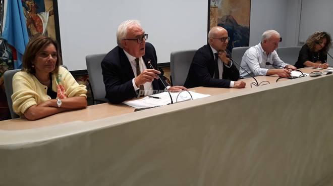 Riunione piano sociale Regione Molise Toma Mazzuto