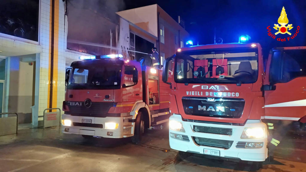 vigili-del-fuoco-incendio-campomarino-159403