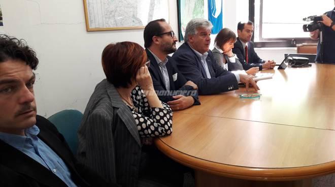 Conferenza centrosinistra stazione