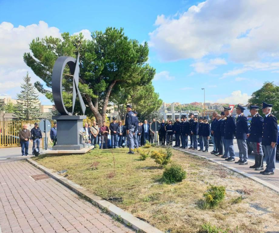 cerimonia polizia per agenti trieste