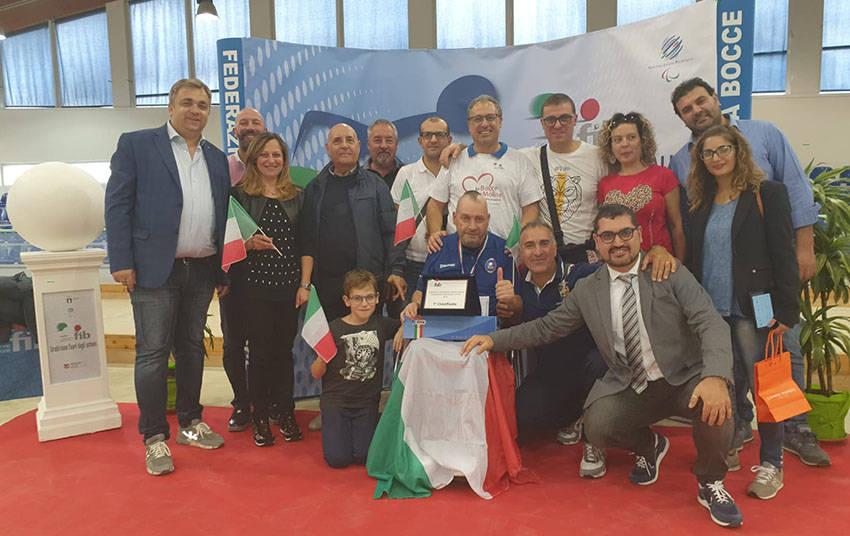 piacente campione d'Italia con tifosi dal Molise