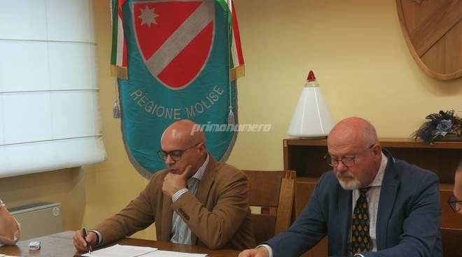Toma e Giarrusso terremoto 2018 incontro sindaci