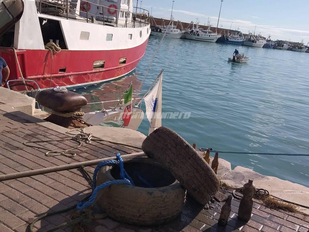 porto-via-i-rifiuti-160028