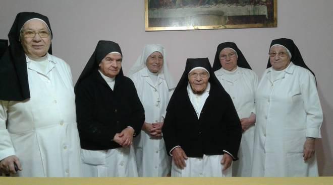 sorelle-povere-bonaerensi-160991