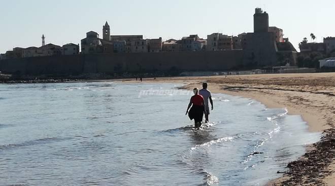 spiaggia-e-mare-a-ottobre-160483