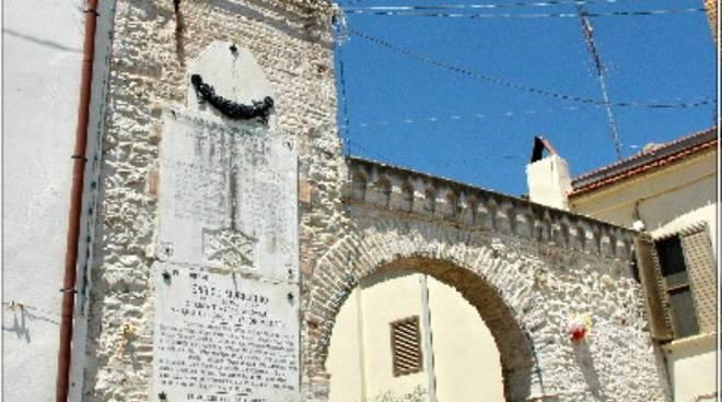 arco costantinopoli portocannone