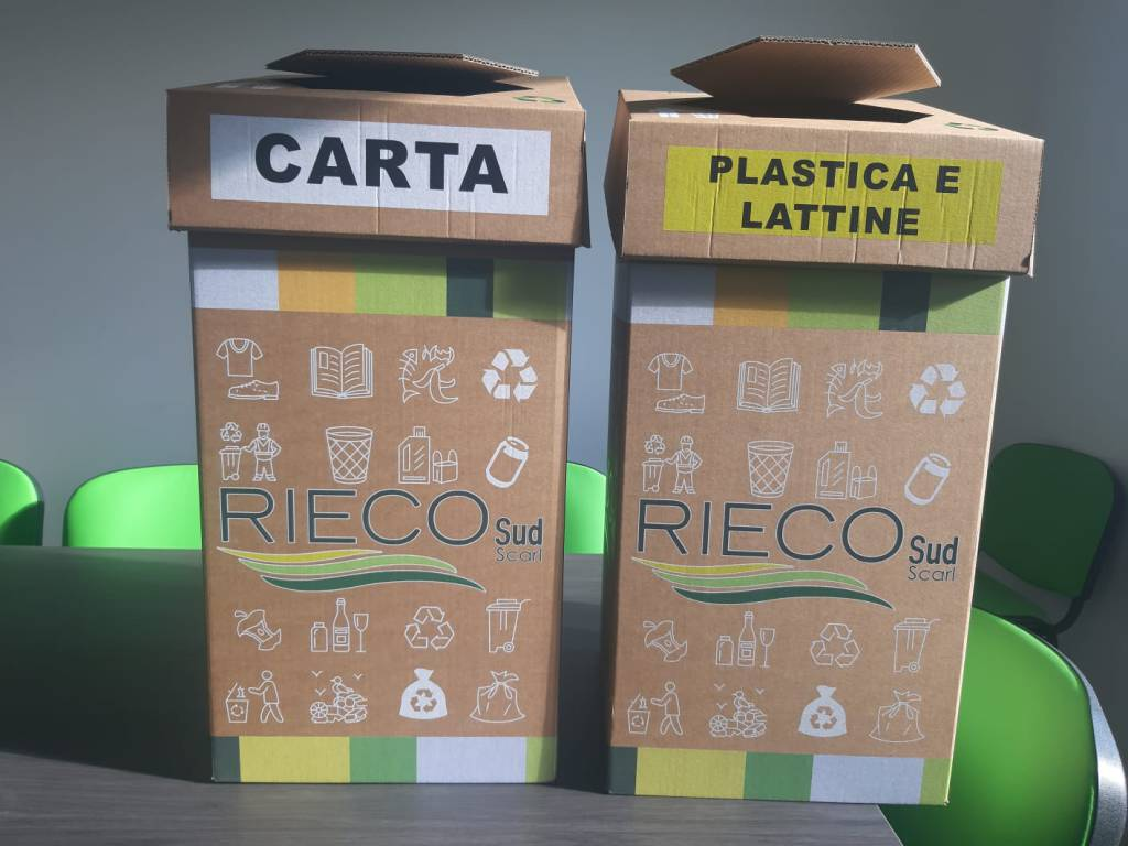 contenitori carta e plastica rieco