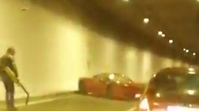 Ferrari incidente tangenziale