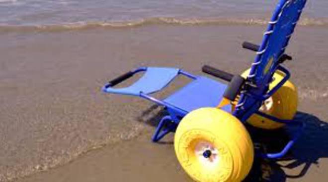 sedie job per disabili al mare