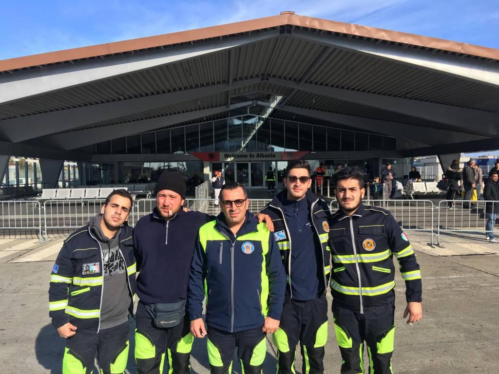 Volontari protezione civile Albania