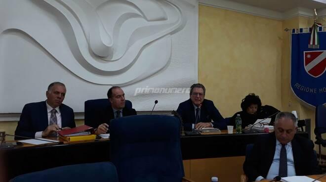 Commissari in Consiglio regionale