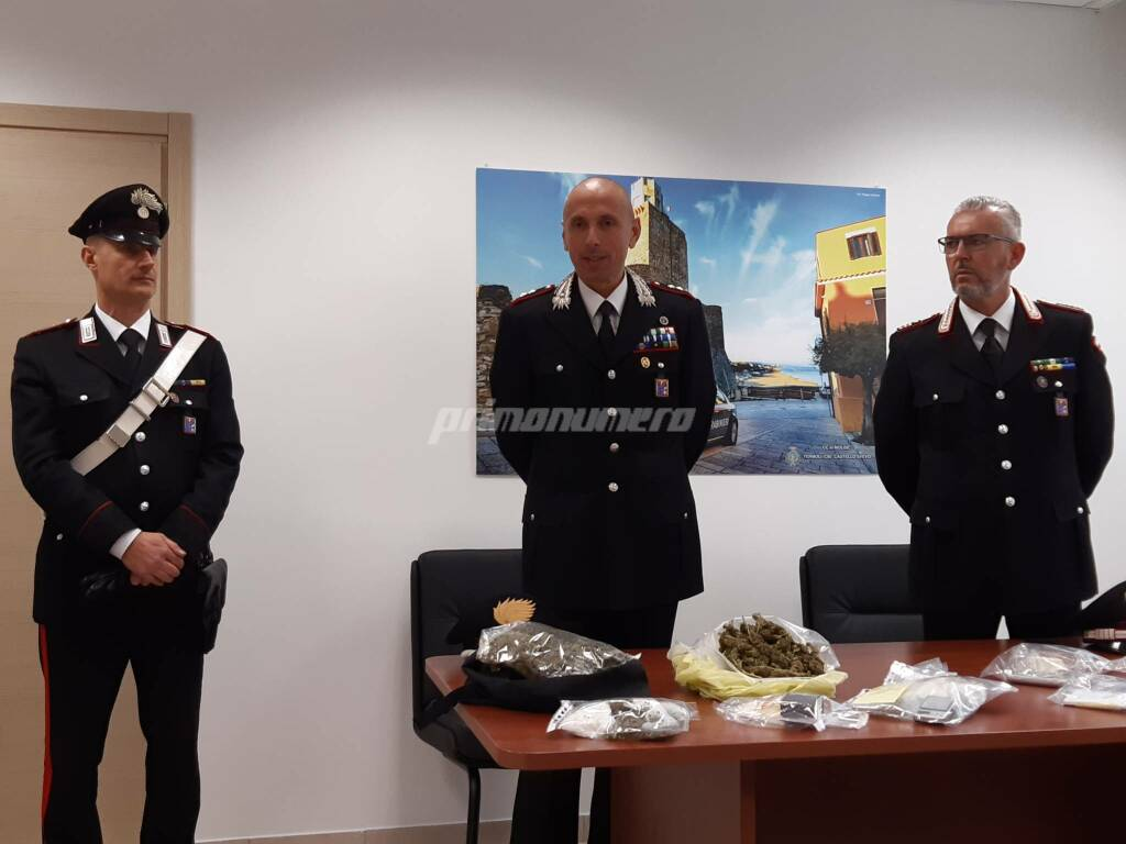 Droga carabinieri conferenza marijuana