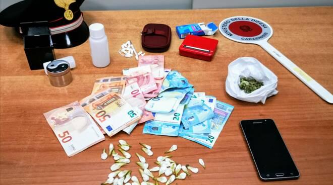 droga cocaina e soldi