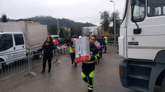 protezione civile albania consegna stufe