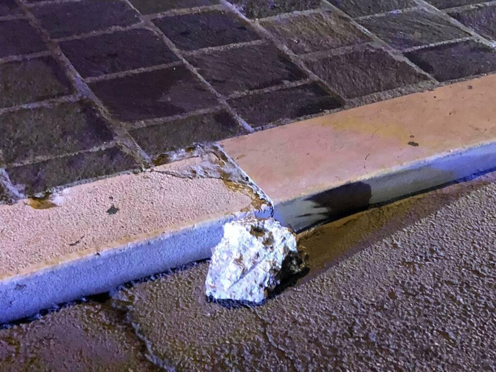 palazzo crema calcinacci caduti