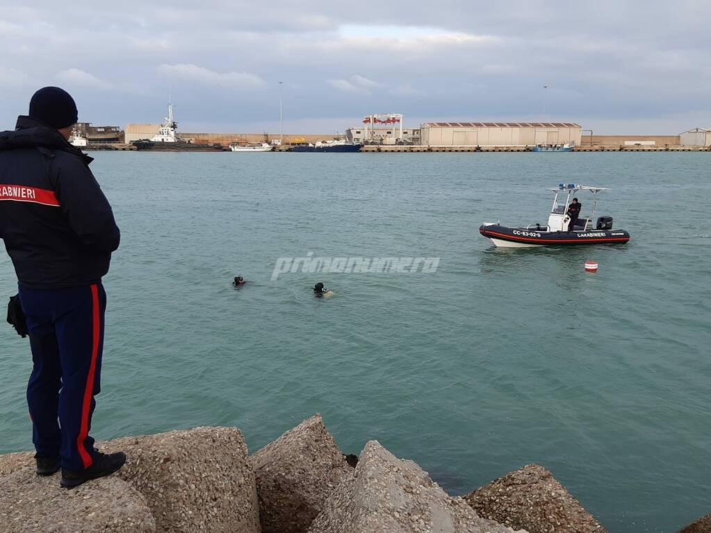Subacquei al porto di Termoli per Vicky