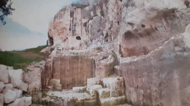 Edifici rupestri