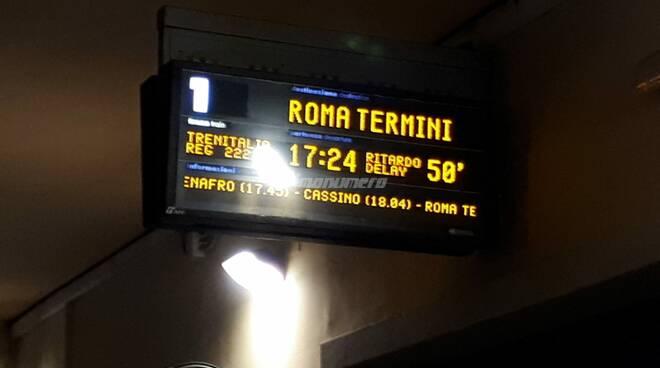 Stazione treni Isernia Roma