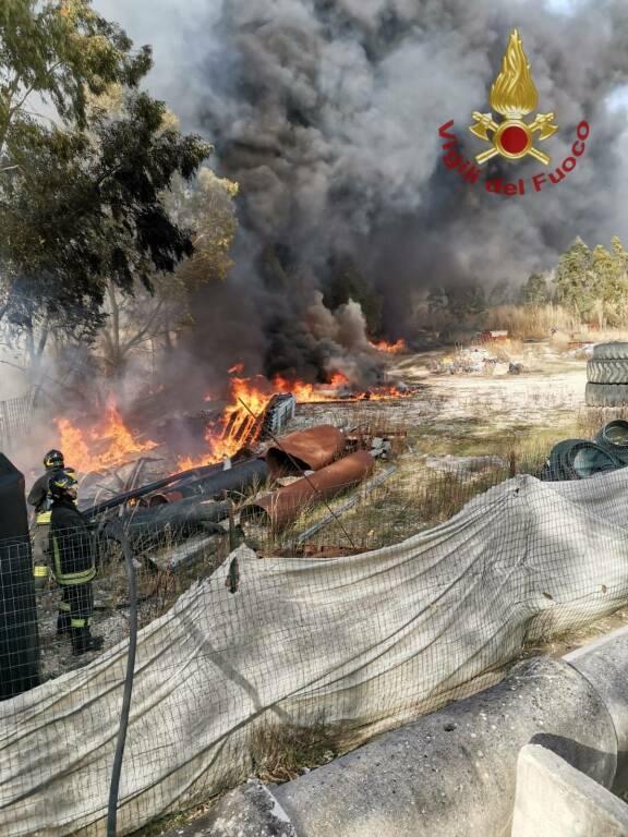 vigili del fuoco isernia tubi di plastica