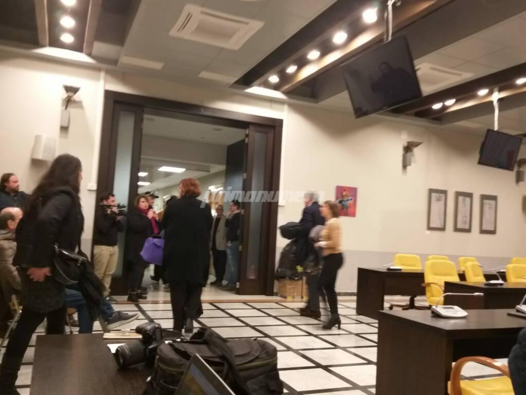 Minoranza abbandona consiglio comunale Termoli