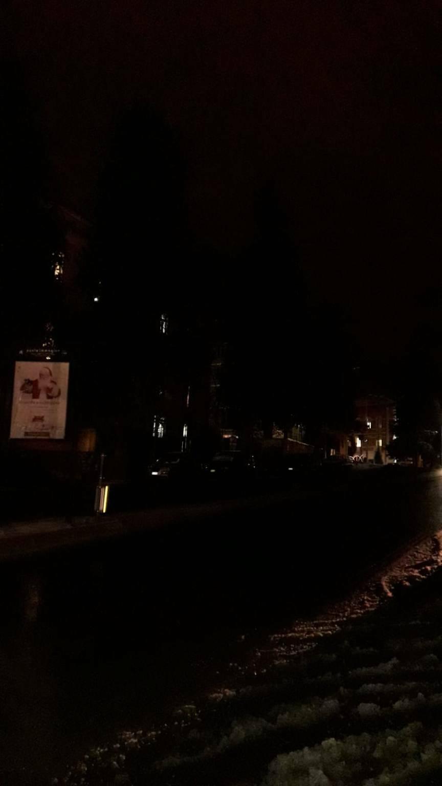 strade al buio