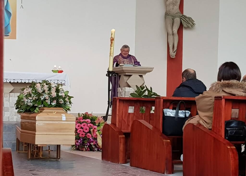 Vicky funerali