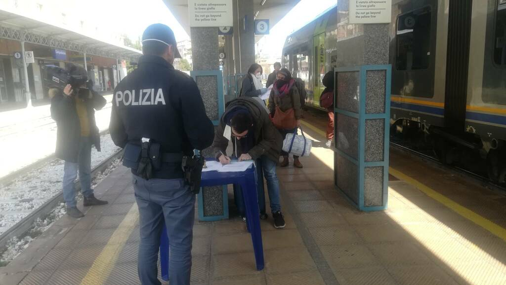 coronavirus, polizia ferroviaria controlli