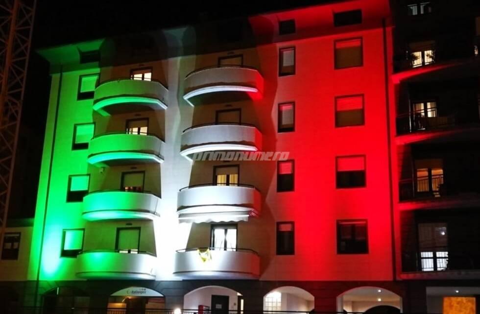 Condominio tricolore