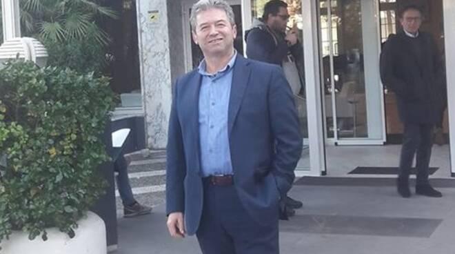 Carmine Vasile Fials