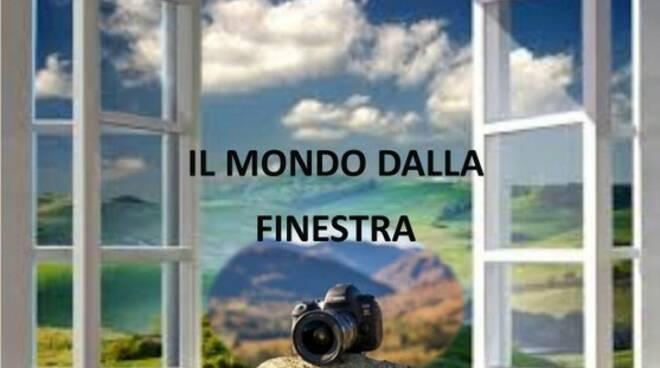 il mondo dalla finestra
