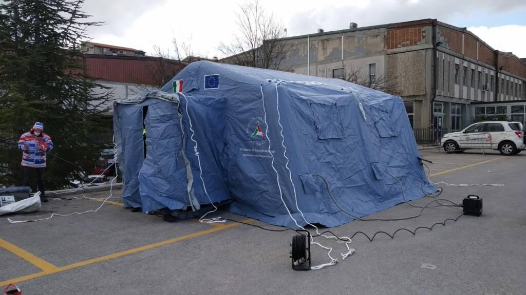 tenda filtro cardarelli protezione civile