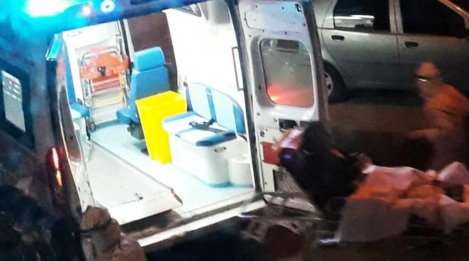 Ambulanza covid notte