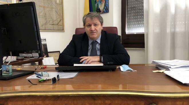 Pd Attacca Roberti Vuole Provincia Nel Cosib E Termoli Perde Presidenza
